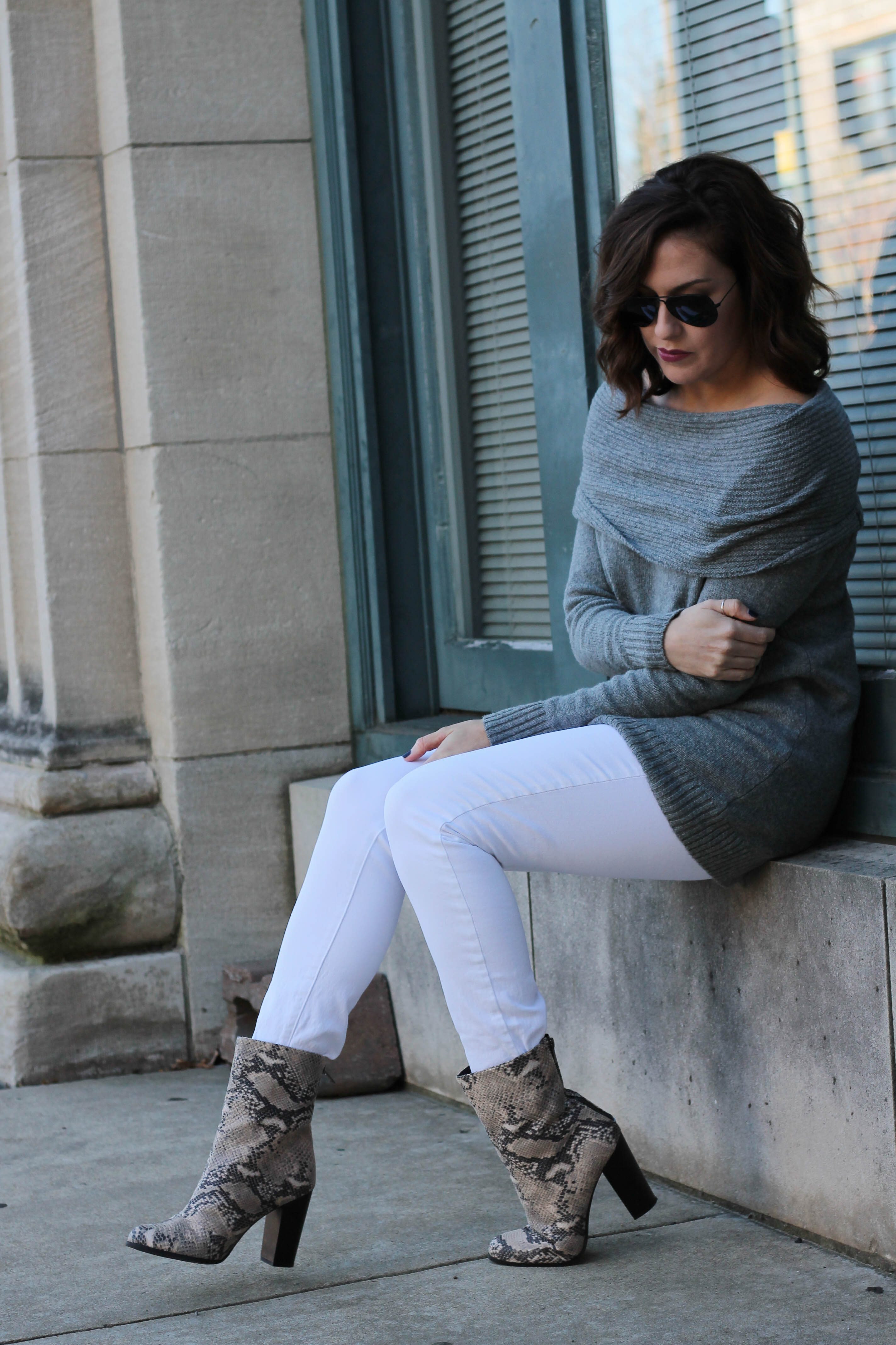 grey-sweater-8